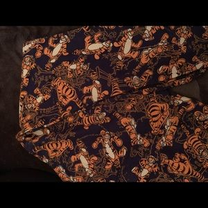 Tigger Lula Roe TC leggings